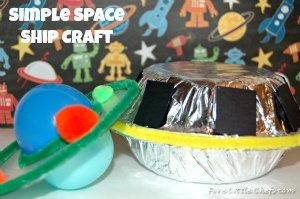 Space Craft by fivelittlechefs.com a fun #Space #Craft for the#Little#Chefs to celebrate #National #Space #Day.