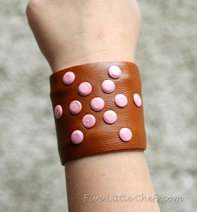 Embellished Cuff at fivelittlechefs.com #kids crafts #cuff
