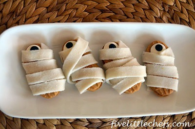 One Eyed Mummy Cookies from fivelittlechefs.com is a super quick Halloween treat kids can make themselves!