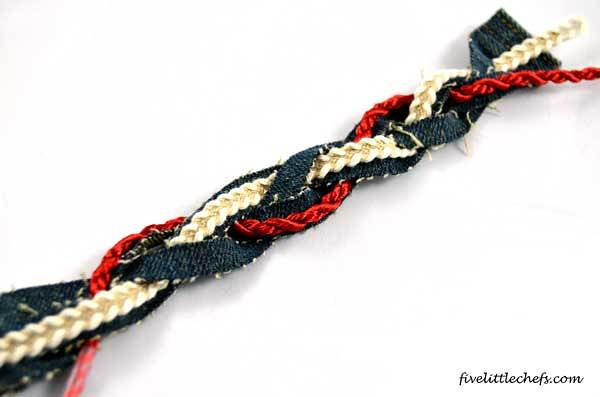 bracelet with trimming