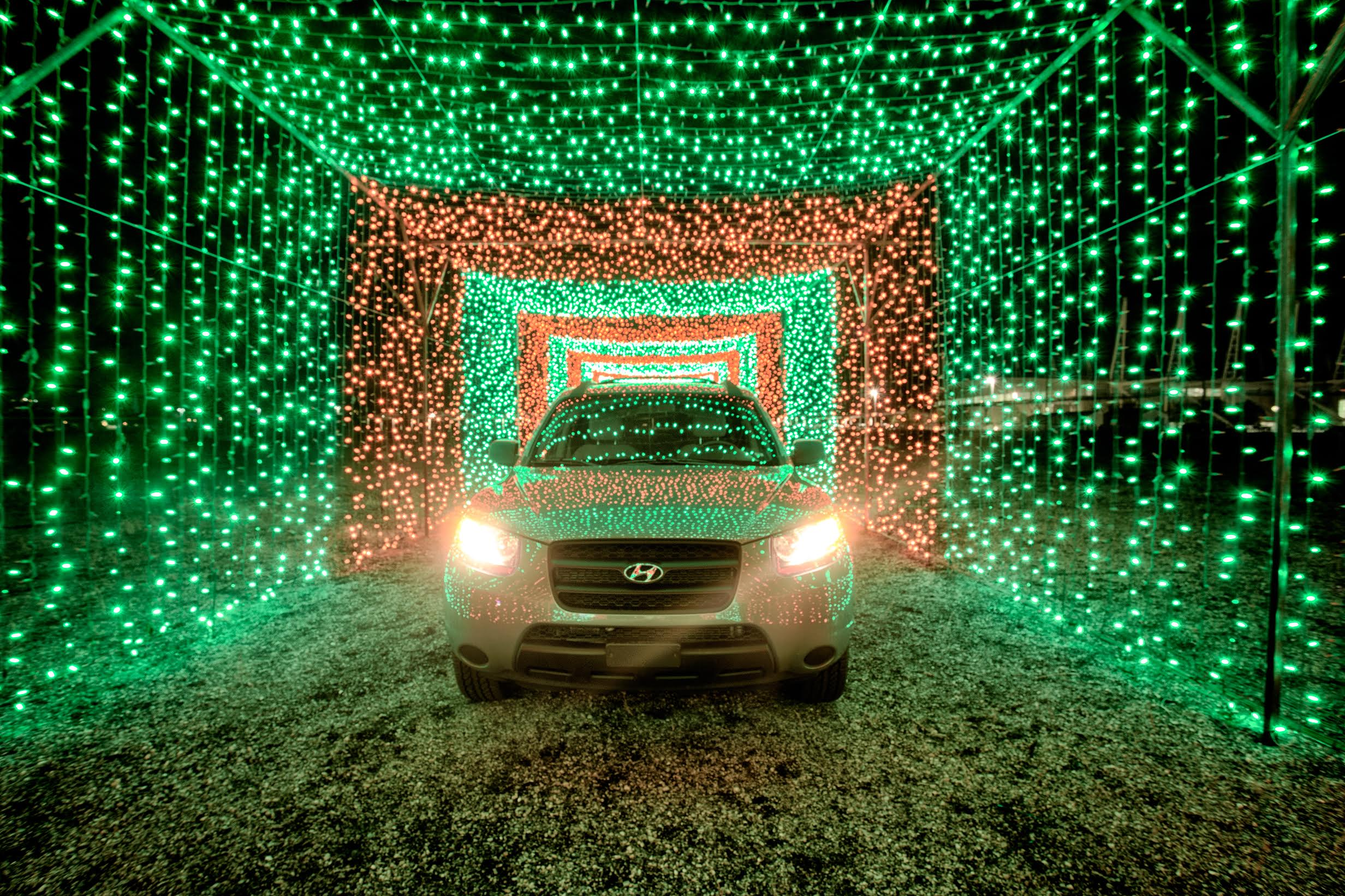 Xmas in Color - tunnel